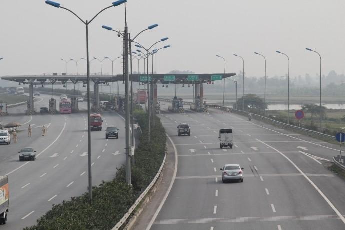 Sau chỉ đạo của Thủ tướng, VEC hoãn tăng phí cao tốc - ảnh 1