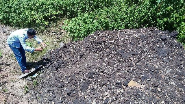 Lại phát hiện hàng tấn chất thải của Formosa chôn ở trang trại - ảnh 3