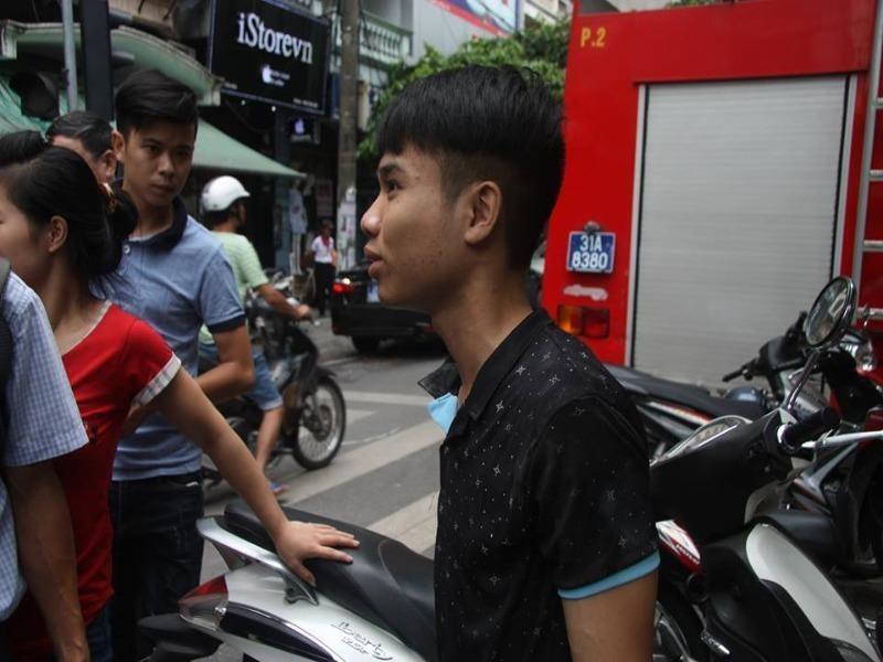 Anh Nguyễn Văn Chiến bàng hoàng kể lại sự việc.