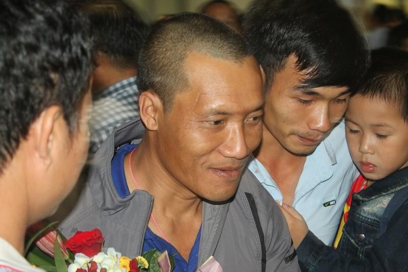 3 thuyền viên bị cướp biển bắt 4 năm đã trở về - ảnh 1