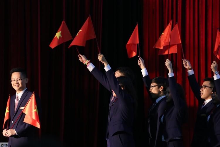 Đoàn Việt Nam mang thông điệp hòa bình lên đoàn tàu Đông Nam Á - ảnh 1