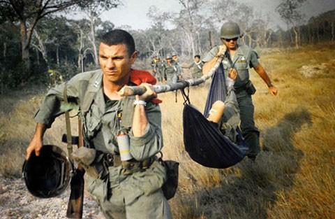 'Ký ức chiến tranh' và những hình ảnh gây sốc - ảnh 4