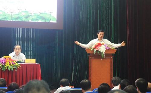 Bộ trưởng Bộ VH-TT&DL: 'Hạn chế bớt hội nghị hội thảo, đi lại vừa thôi' - ảnh 1