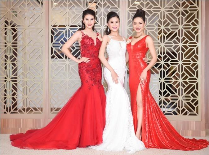 Thí sinh Hoa hậu bản sắc Việt đẹp nền nã trong trang phục áo dài - ảnh 5