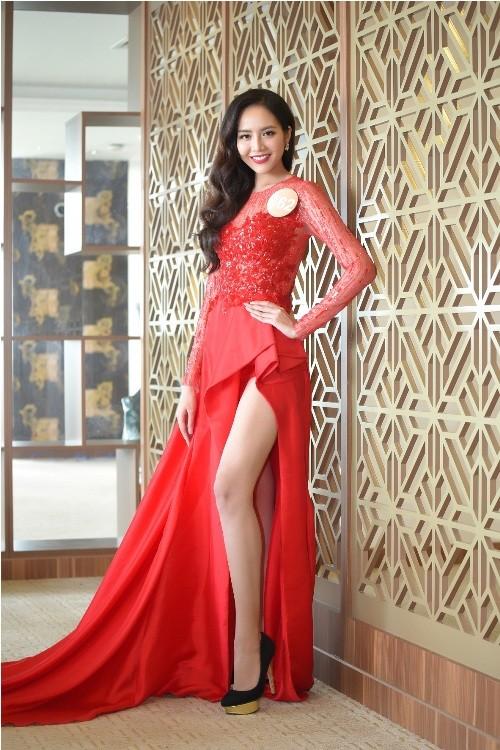 Thí sinh Hoa hậu bản sắc Việt đẹp nền nã trong trang phục áo dài - ảnh 9