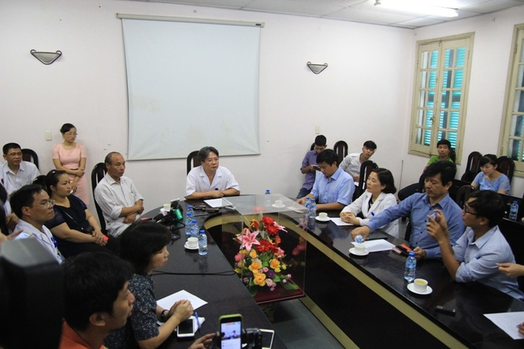 Mổ nhầm chân bệnh nhân, BV Việt Đức họp báo khẩn - ảnh 1