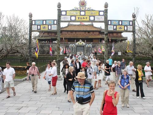 PTT Vương Đình Huệ nêu 7 nỗi sợ của du khách khi đến Việt Nam - ảnh 2