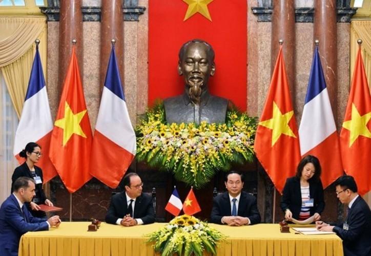 Việt Nam và Pháp nhất trí thúc đẩy hợp tác quốc phòng - ảnh 1