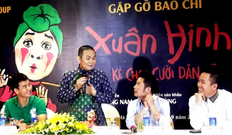 Tùng Dương hát, Xuân Hinh múa trong Liveshow - ảnh 1