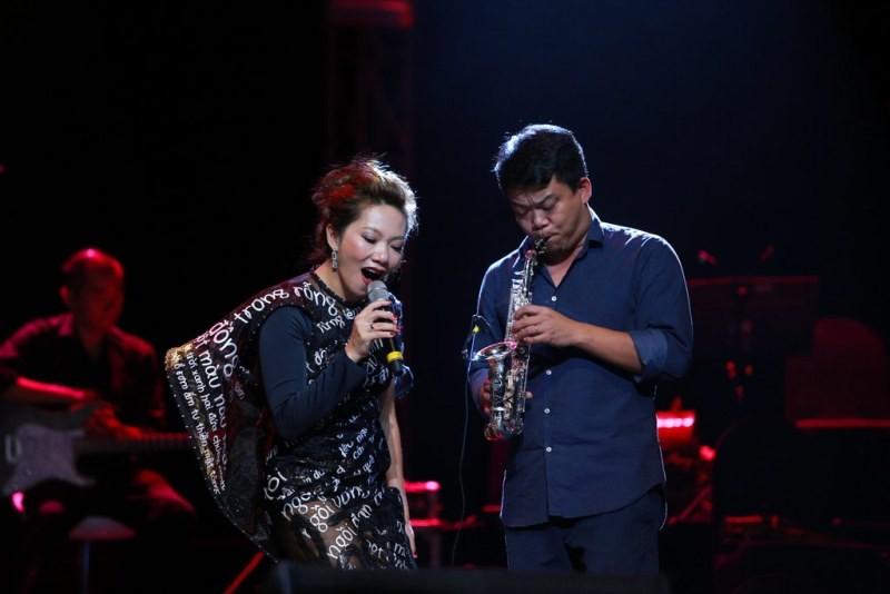 Nhạc sĩ Trần Tiến nổi gai ốc khi nghe nhạc của mình - ảnh 6