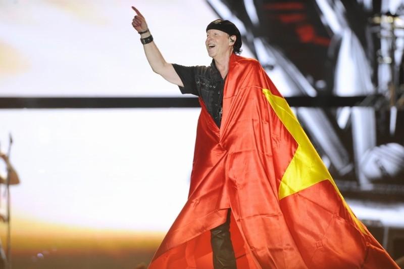 10.000 khán giả cuồng nhiệt với huyền thoại Scorpions - ảnh 7