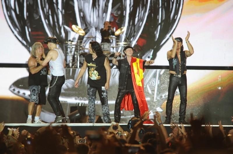 10.000 khán giả cuồng nhiệt với huyền thoại Scorpions - ảnh 8