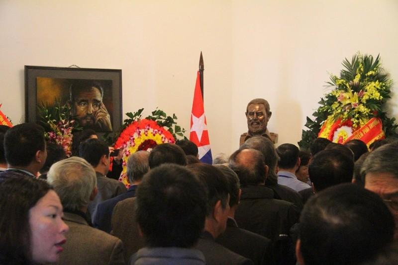 Cựu du học sinh Cuba bật khóc khi nhắc đến Fidel Castro - ảnh 6