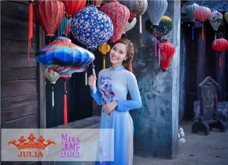 Hoa hậu Mỹ Linh,nghệ sĩ Xuân Bắc chấm thi SV thanh lịch - ảnh 4