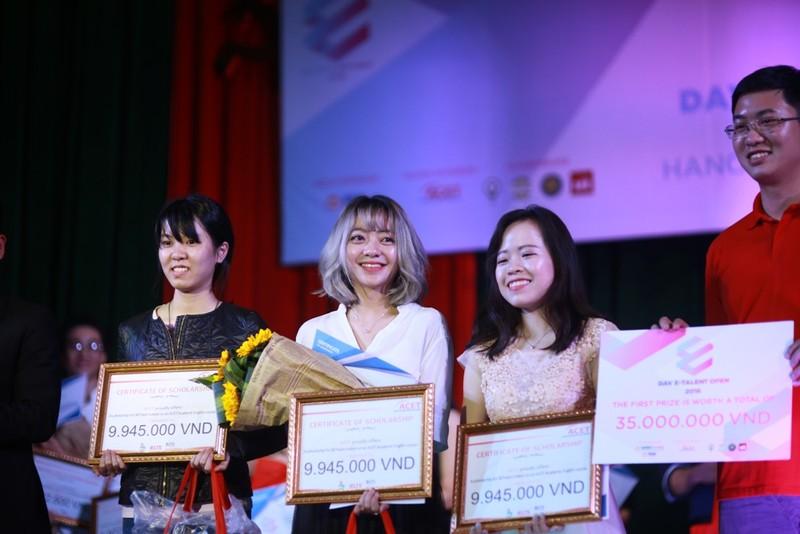 Sinh viên Hà Nội hùng biện về bầu cử Tổng thống Mỹ  - ảnh 2