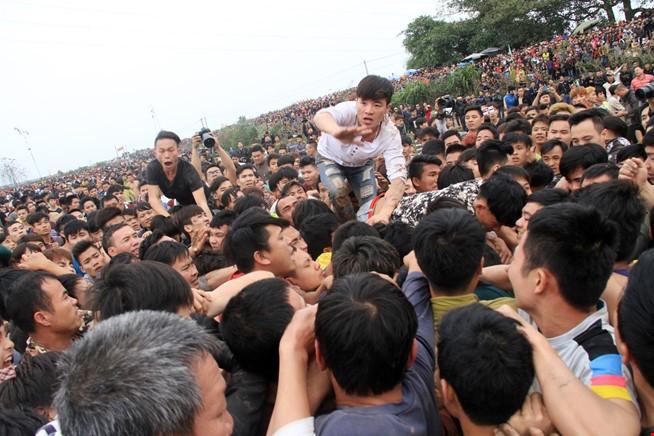 Thủ tướng nhắc Bộ VH-TT&DL vì không lên tiếng về lễ hội - ảnh 1