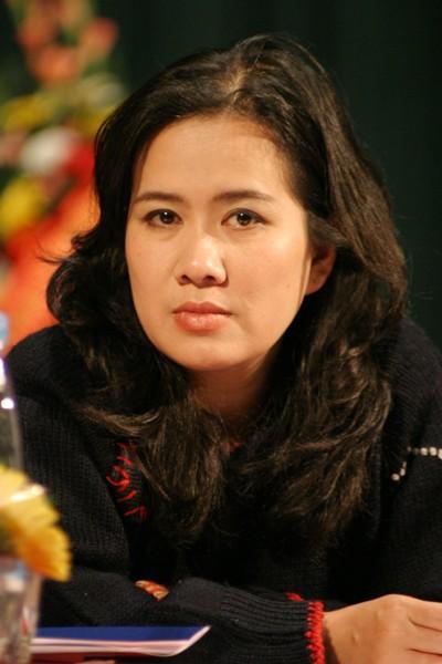 Hội nhà văn Hà Nội có nữ Chủ tịch mới - ảnh 1