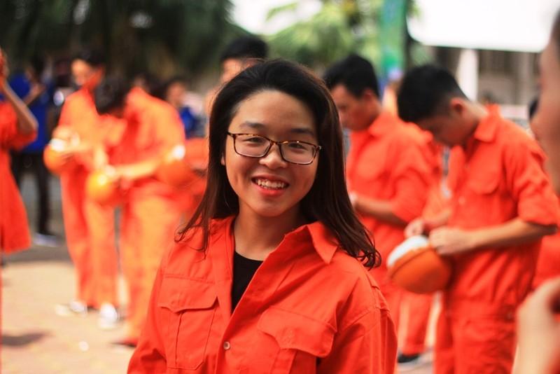Nữ sinh Đại học Xây dựng làm lu mờ Á hậu Huyền My - ảnh 4