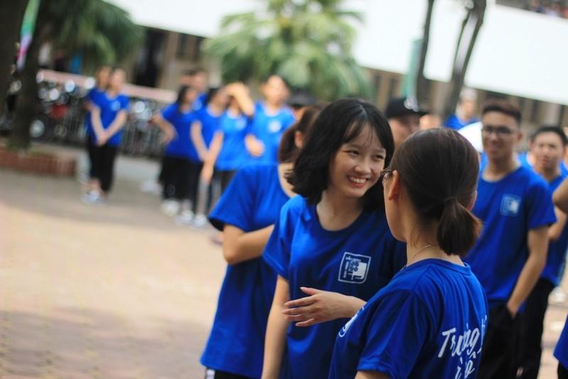 Nữ sinh Đại học Xây dựng làm lu mờ Á hậu Huyền My - ảnh 6