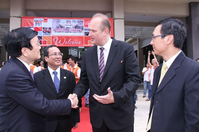 Chủ tịch nước thăm trường Đại học Việt Đức - ảnh 1