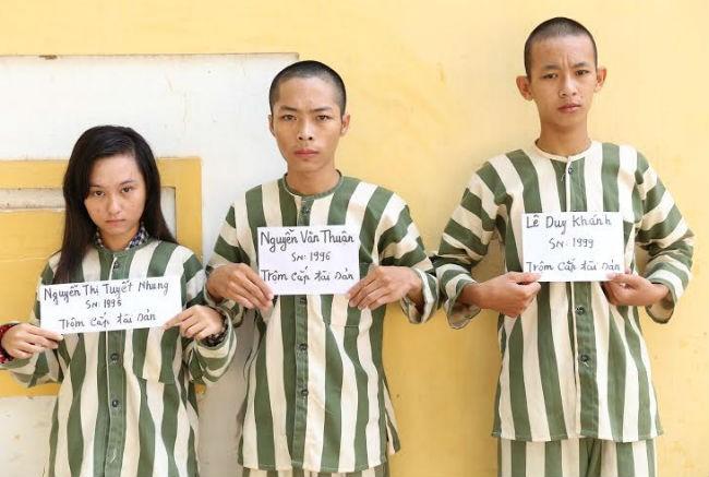 Bắt ba nghi can chuyên trộm xe máy bán sang Campuchia - ảnh 1