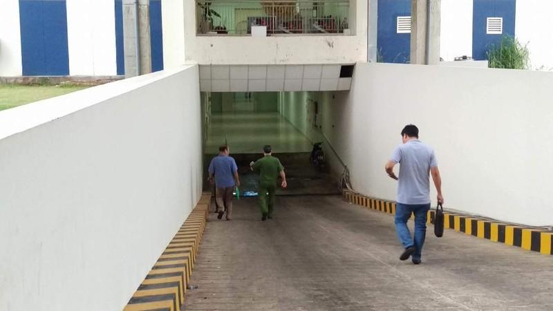 Cơ quan chức năng đến hiện trường nơi xảy ra vụ việc để điều tra. Ảnh: CTV