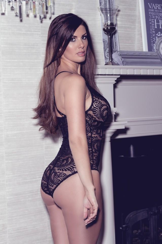 Jamie Becky tung ảnh sexy cổ vũ chồng  - ảnh 4