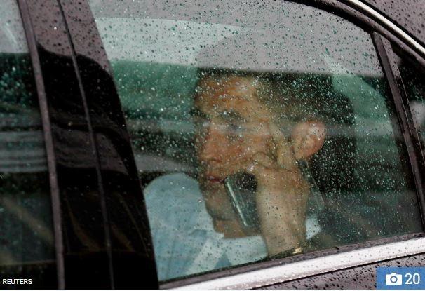 Gary Cahill vẫn trầm lặng sau trận thua bị cho là ô nhục của bóng đá Anh.