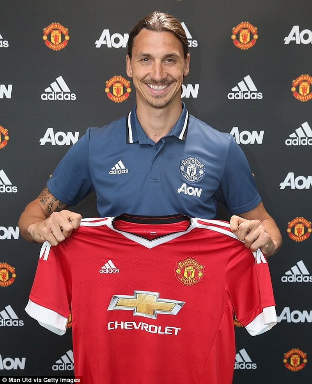 Mourinho trở lại Manchester, chính thức bắt tay vào công việc - ảnh 7