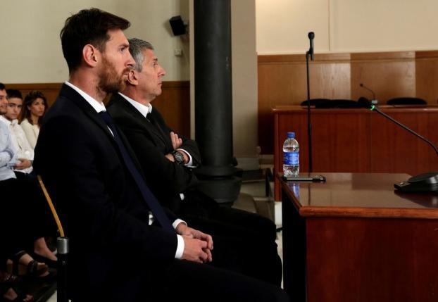 Messi bị kết án 21 tháng tù giam vì trốn thuế - ảnh 1
