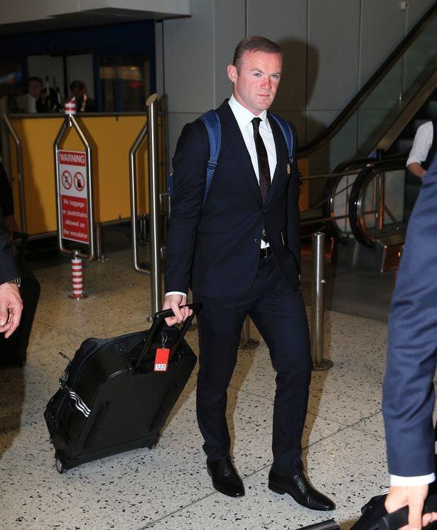 Mourinho cùng 25 tuyển thủ M.U lên đường sang Trung Quốc - ảnh 12