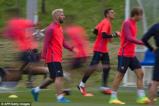 Messi và đồng đội tại công viên St George