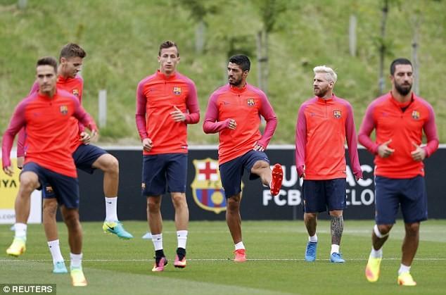 Những bước chân khởi động của Suarez