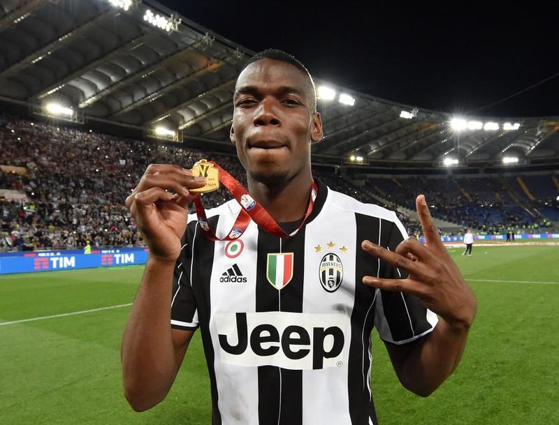 Paul Pogba rời Juventus về M.U với một hợp đồng khủng