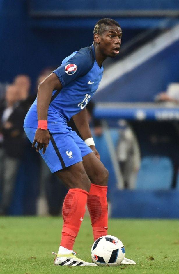 """Tiền vệ Pháp là mắt xích quang trọng trong sơ đồ chiến thuật của """"người đặc biệt"""""""