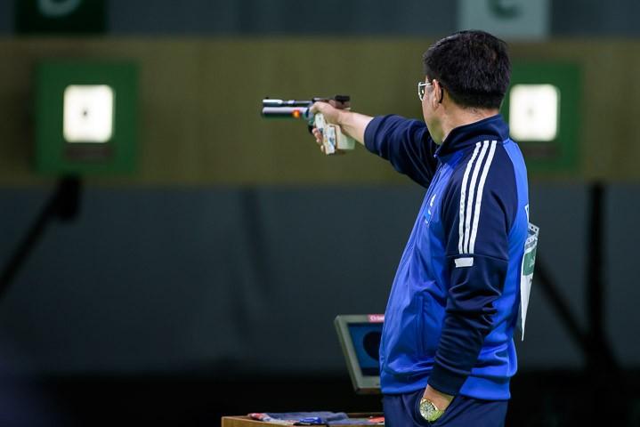 Ảnh: Khoảnh khắc vàng của Hoàng Xuân Vinh tại Olympic Rio  - ảnh 4
