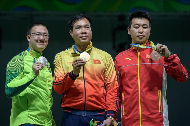 Ảnh: Khoảnh khắc vàng của Hoàng Xuân Vinh tại Olympic Rio  - ảnh 12
