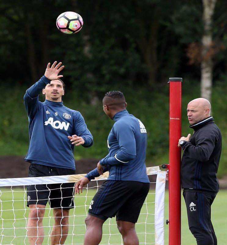 Ibrahimovic tin vào khả năng ghi bàn của mình trong màu áo M.U