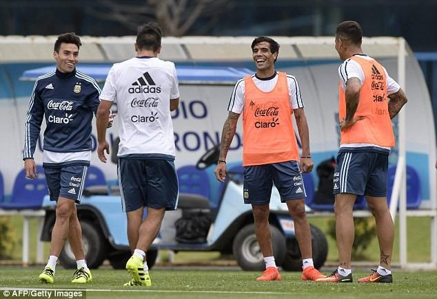 'Cầu thủ' 4 chân thay thế Messi ở đội tuyển Argentina - ảnh 7