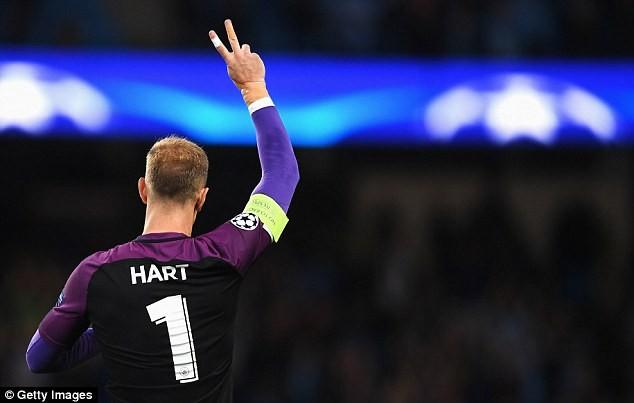 'Bò đực thành Turin' giải cứu thủ môn số một nước Anh - ảnh 2