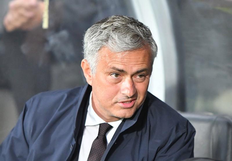 Mourinho loại Schweinsteiger khỏi danh sách tham dự Europa League - ảnh 1