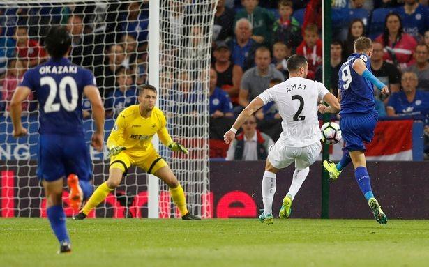 Ibrahimovic, Coutinho tranh chấp quyết liệt danh hiệu bàn thắng đẹp - ảnh 7