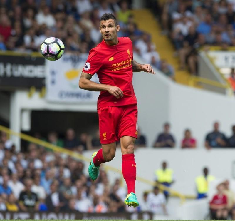 Sao Liverpool 'suýt' mất vợ và 3,5 triệu bảng vì tên tình địch côn đồ - ảnh 1